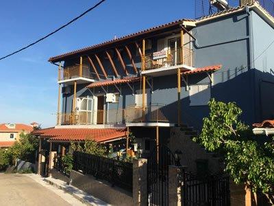 Eleni Studios & Apartments