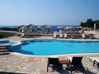MIKROS PARADISOS HOTEL