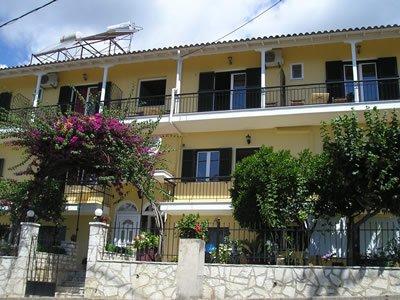 ALFA studios e apartments